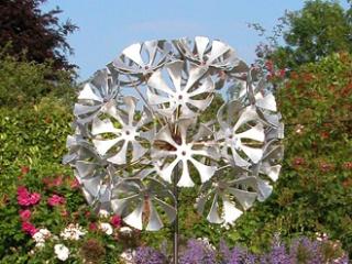 'Dandelion Clock' Garden Sculpture